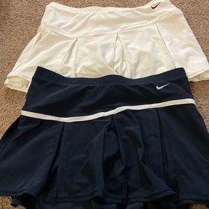 Nike tennis skirt Small(4-6)